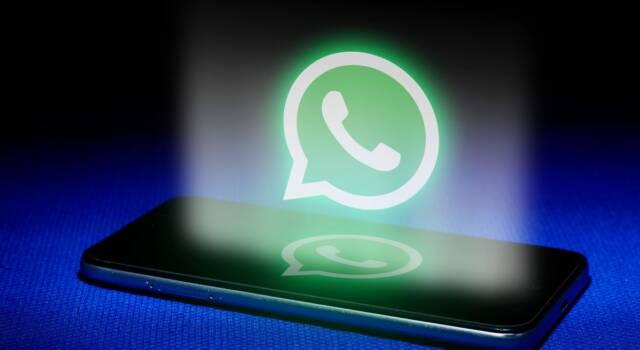 Nascondere l'ultimo accesso su WhatsApp a tutti o solo a qualcuno: ecco come fare