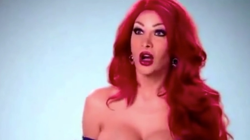 200mila dollari per essere come Jessica Rabbit. E in origine era un uomo - VIDEO
