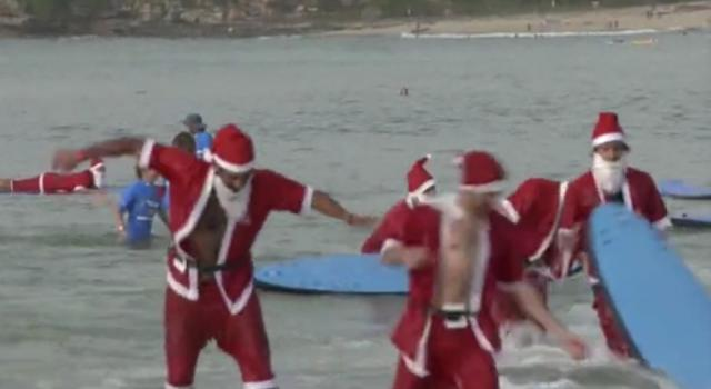 Babbi Natale surfers in Australia – VIDEO