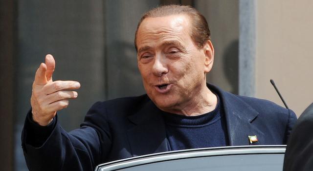 """Berlusconi: """"Se vince il No, nuova legge elettorale e si va al voto"""""""