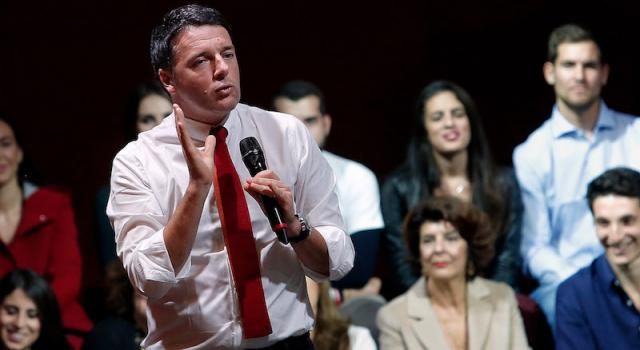 """Verso le elezioni, Renzi all'attacco: """"Innaturale un'alleanza popolari-populisti"""""""