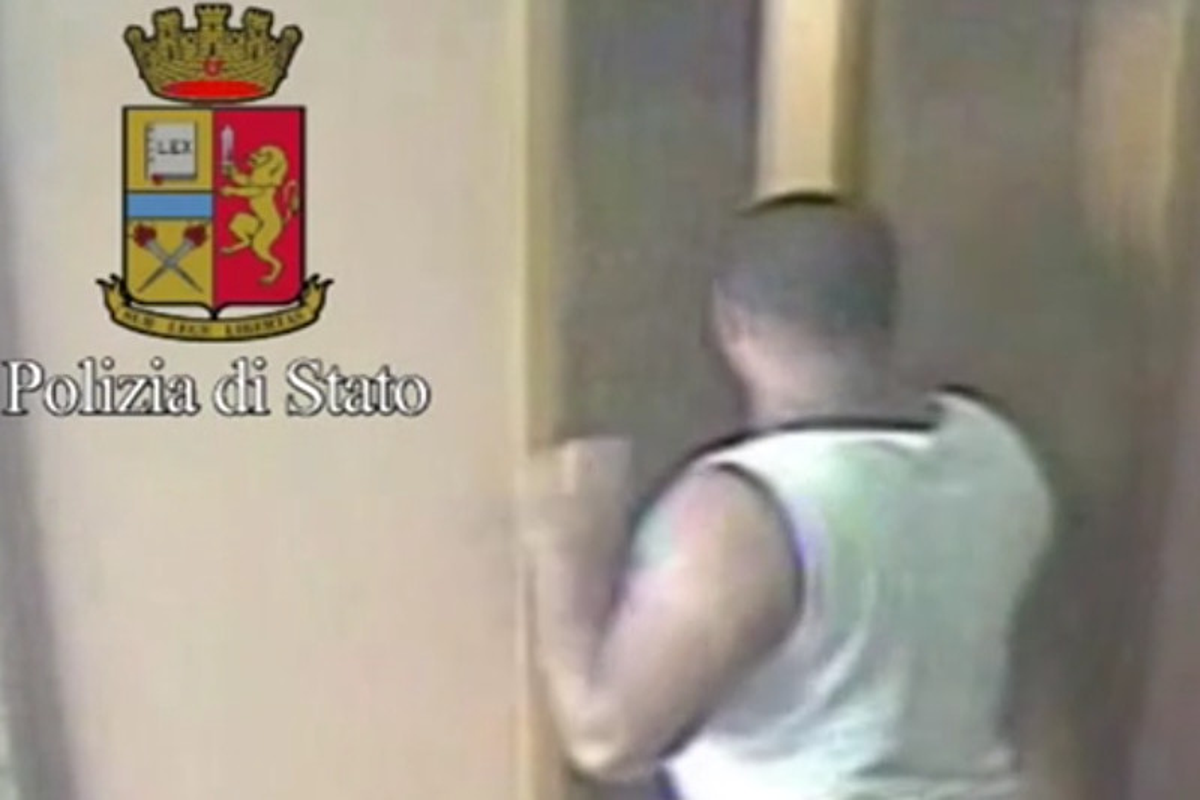 Milano: 30enne arrestato, prendeva le anziane a pugni in faccia per rapinarle