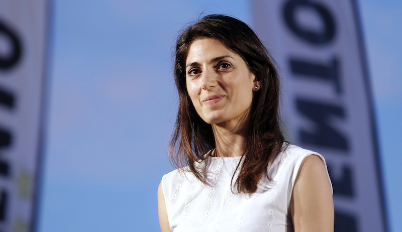Virginia Raggi incendio a roma