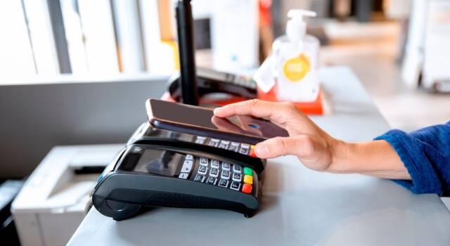 Il Pagamento con bancomat senza pin:  Come può essere effettuato?
