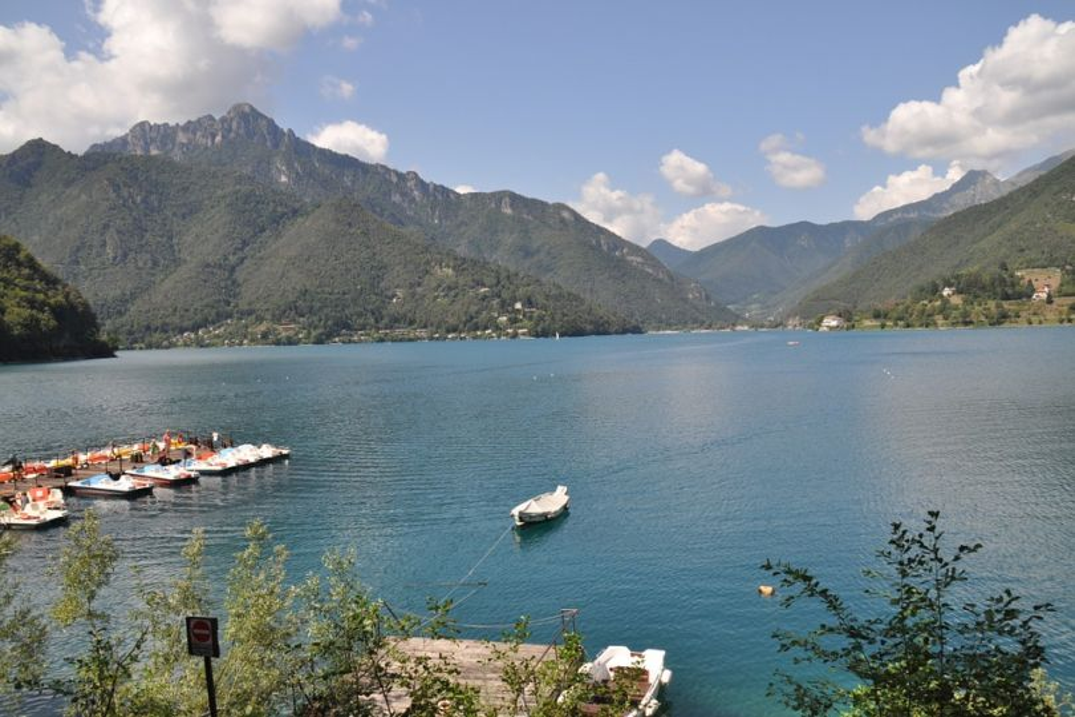 La serenità dei laghi alpini del Trentino