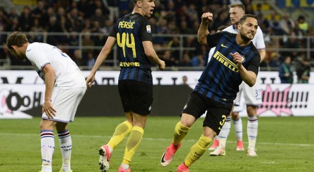 """Inter, D'Ambrosio: """"Scudetto? L'obiettivo è la Champions"""""""