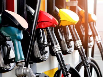 Aumenta ancora il prezzo della benzina, il gasolio ai massimi dal 2014