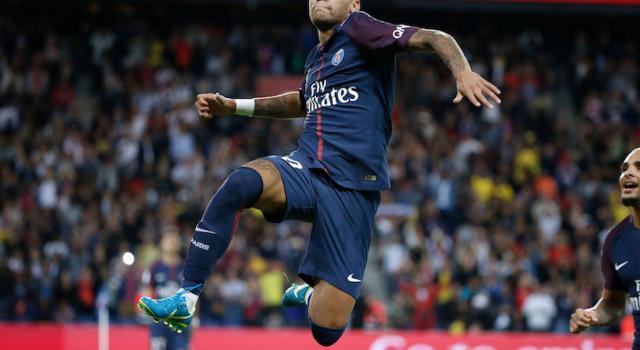 PSG-Manchester United, sugli spalti lite tra Cantona e il padre di Neymar