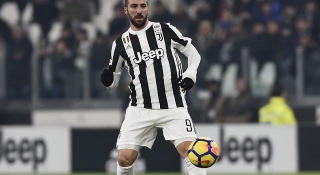 Serie A, la Juventus 'passeggia' sul Sassuolo. Colpo Fiorentina a Bologna