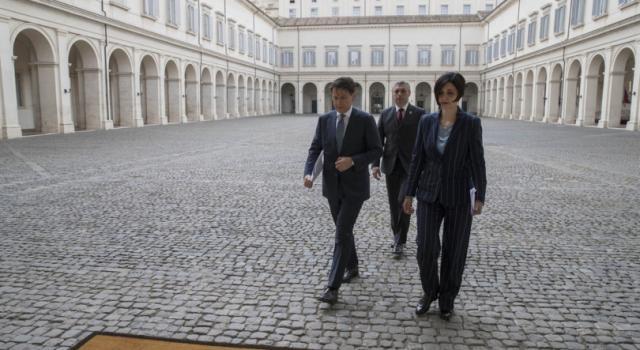 I problemi di Conte: nodo Savona e dubbi sulla maggioranza