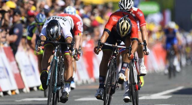Tour de France 2018, Peter Sagan concede il bis. Van Avermaet in Maglia Gialla