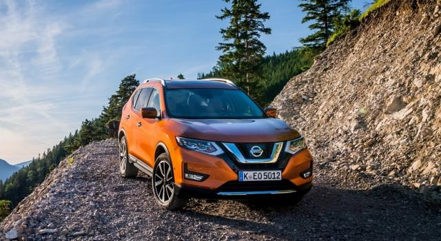 Nissan X-Trail: un grande SUV full-optional a sette posti