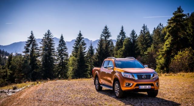 Nissan Navara, il pick-up nato per l'avventura: le caratteristiche e i prezzi