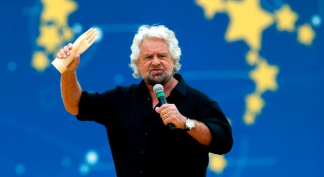 """Beppe Grillo difende il figlio: """"Non è uno stupratore, arrestate anche me"""". Scoppia la polemica, il caso arriva alla Camera."""