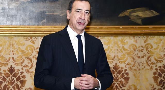 Movida, a Milano vietata la vendita delle bevande d'asporto dopo le 19