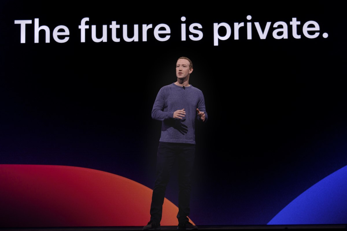 Redesign Facebook 2019 mark zuckerberg