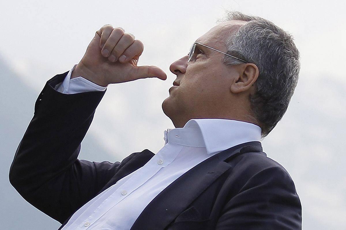 Saluto romano allo stadio, la Lazio chiede un risarcimento a