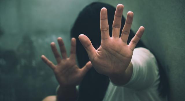 Abusata da bambina, 17enne ottiene l'eutanasia in Olanda