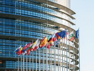 """Juncker: """"Il passaggio da ora solare a legale abolito nel 2019"""""""