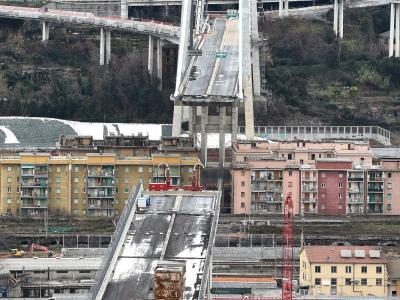 Due anni dalla tragedia del Ponte Morandi. Mattarella, 'Ricostruire cultura della sicurezza'