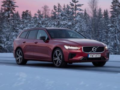 Nuova Volvo V60: potenza e tecnologia formato station wagon