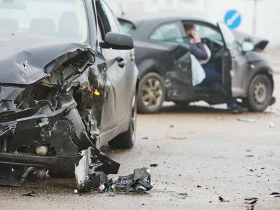 Incidente stradale nel Casertano, un morto e 4 feriti