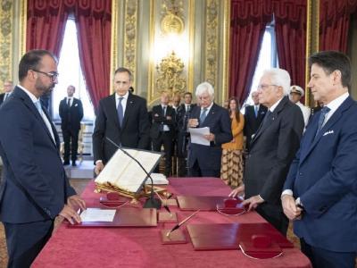 """Dimissioni Fioramonti, Italia Viva e opposizioni all'attacco. M5s: """"Restituisca i 70mila euro che ci deve"""""""