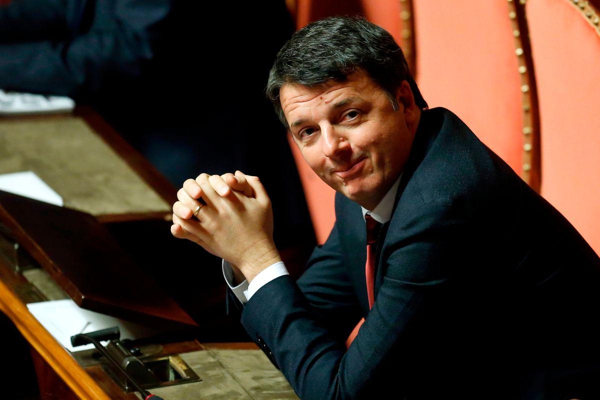 Renzi, 'Vaccino contro il Covid sia obbligatorio'. Sul bonus Iva: 'Tridico vada a casa'