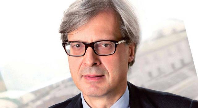 """Taglio dei parlamentari, Sgarbi contro Grillo e il M5S: """"Uno stupro del Parlamento"""""""