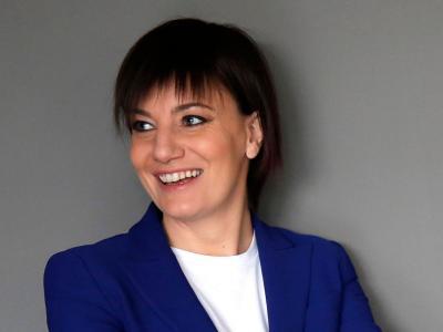 Nuovi guai per Lara Comi, sequestrati oltre 500mila euro per truffa all'Ue