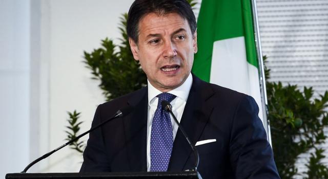 """Recovery Fund, bilaterale Francia-Italia. Conte: """"In palio la leadership europea nel mondo"""" (VIDEO)"""