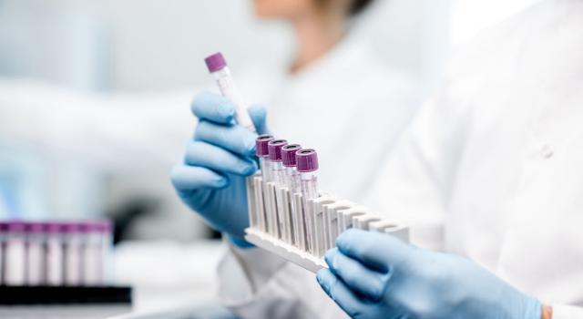 """Vaccino Biontech, Ema: """"Iniziata la revisione dei dati"""""""