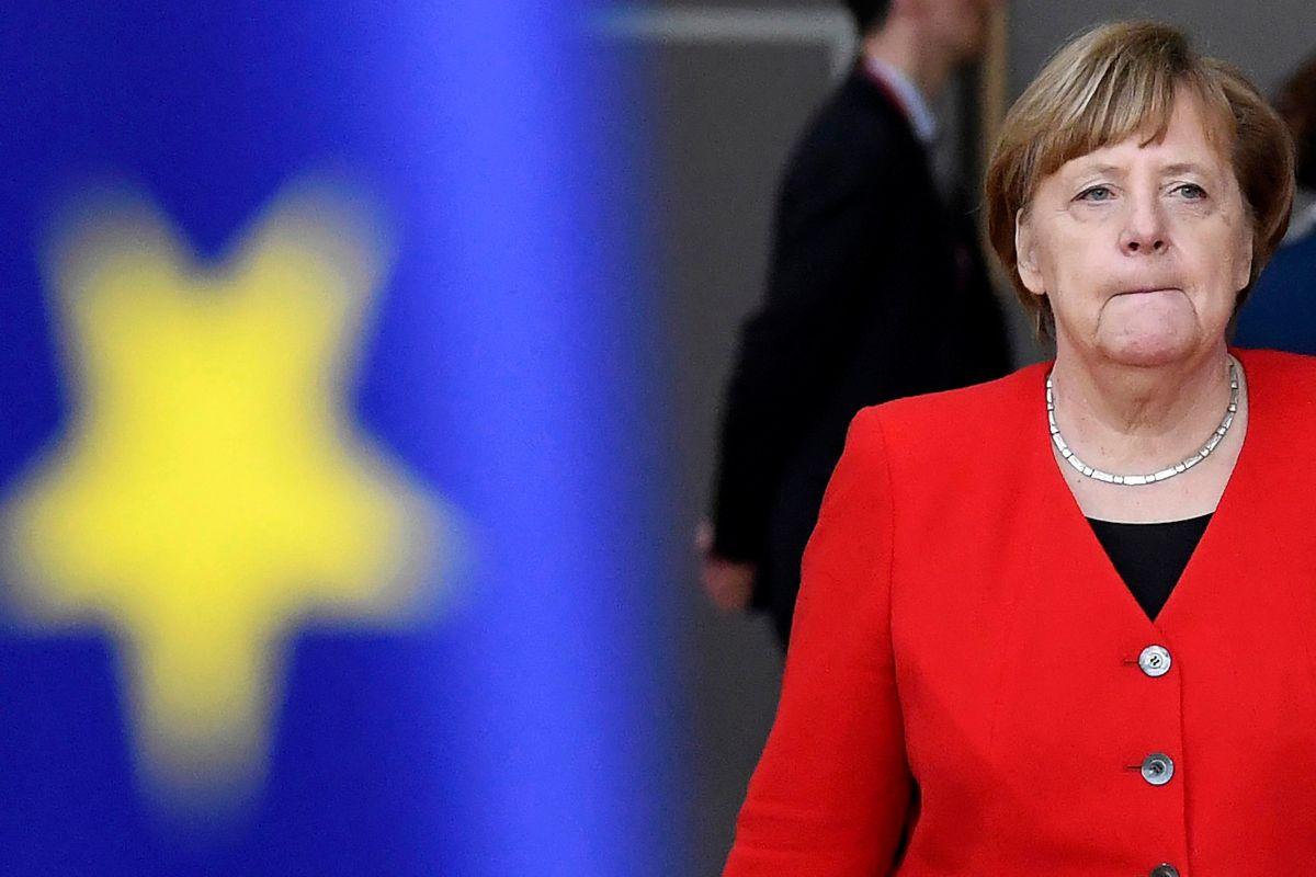 Angela Merkel 'spinge' il Recovery fund: 'Strumento doveroso e urgente'