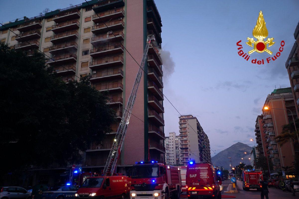 Incendio Palermo