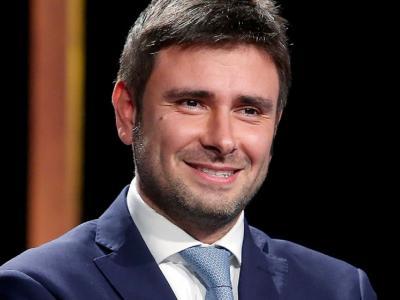 """M5S, Di Battista: """"Grillo tranquillo, non faccio terremoti ma si deve cambiare l'agenda"""""""