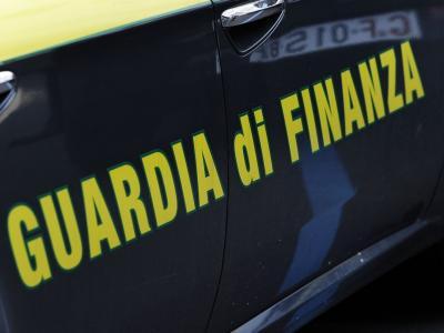Operazione della Guardia di Finanza a Parma, sette arresti per maxi frode fiscale