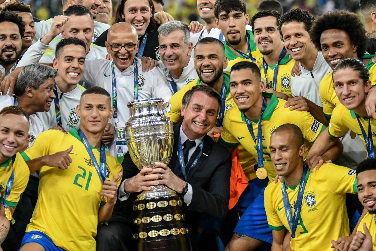 Brasile, il presidente ha i sintomi del Covid-19