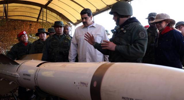 Soldi dal Venezuela al Movimento 5 stelle, dubbi sui documenti. Potrebbe essere un attacco 'istituzionale'