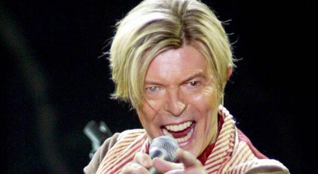 Morto Kansai Yamamoto, icona della moda all'avanguardia. Vestì David Bowie