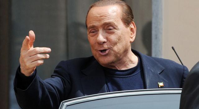 Berlusconi apre ad una nuova maggioranza: 'Se si creassero le condizioni andrebbero verificate'