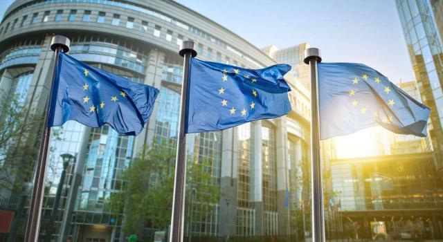"""Esordio del ministro Franco all'Eurogruppo. Moody's: """"Con Draghi migliorano le prospettive per uso fondi Ue"""""""