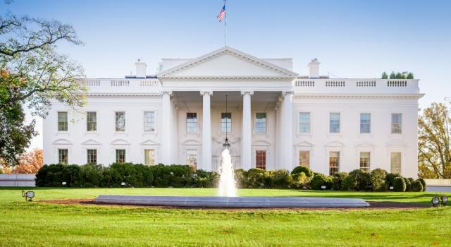 Stati Uniti, si dimette Kellyanne Conway, consigliere di Trump