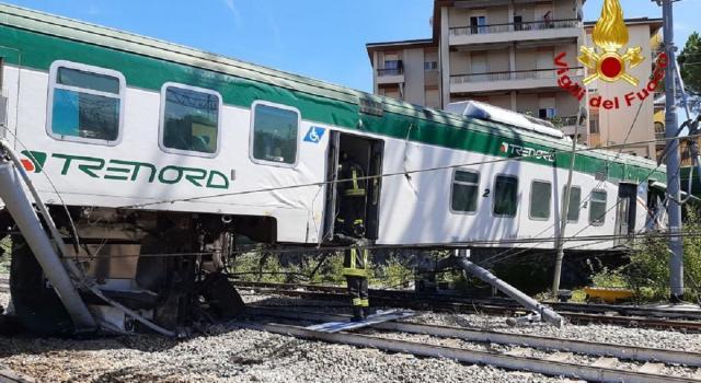 Treno deragliato a Carnate, si indaga per disastro colposo. Sospesi macchinista e capotreno