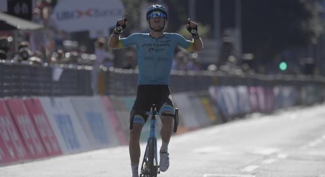 Jakob Fuglsang vince Il Lombardia