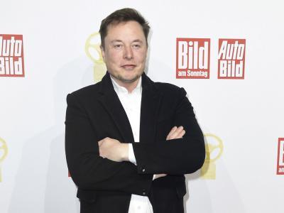 Hertz spinge Tesla verso un nuovo record: la società di Elon Musk vale 1000 miliardi di dollari