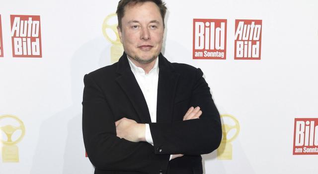 Elon Musk presenta il chip che connette il cervello a un computer. Possibile rivoluzione nella medicina