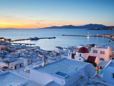 Grecia, bambina alla deriva su un unicorno gonfiabile. Recuperata da un traghetto