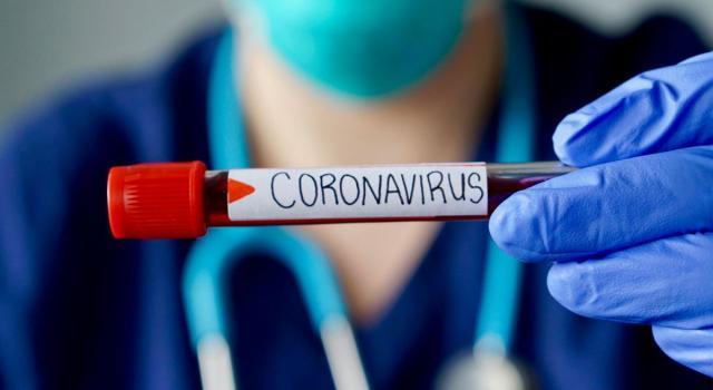 Nuova emergenza Covid, la 'variante' già registrata in 4 Paesi. L'Italia sospende i voli con la Gran Bretagna