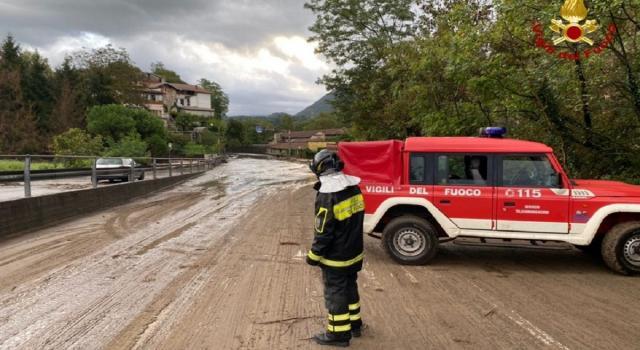 Maltempo in Italia, tromba d'aria a Salerno. Morto un sottufficiale della Guardia Costiera che si era tuffato in mare per salvare un ragazzo