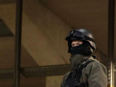 Terrorismo, Vienna sotto attacco: 4 morti e almeno 15 feriti. L'Isis rivendica l'attentato. A Parigi fermato un uomo con machete